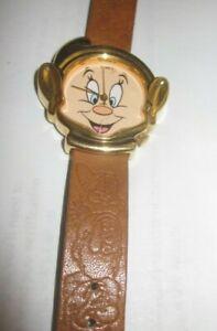 Vintage 1980's Disney Timex Snow white 7 Dwarfs Dopey watch running new Batt