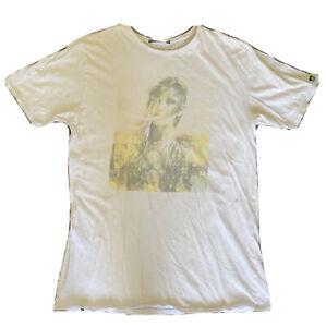 REEF Australia T-Shirt. Size M. White Tee. Graphic Print. Sexy Lady