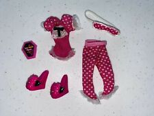 Monster High Draculaura Dead Tired Clothes and Accessories