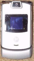 Motorola Razr V3 Verizon Silver Cell Phone Camera Fast Shipping Good Used