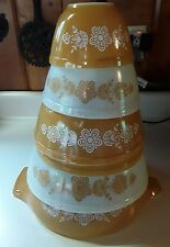 Vintage Pyrex Butterfly Gold Set of 6 Mixing Nesting Bowls 401 402 403 444 404