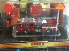 Code 3 Christmas 2003 Seagrave Pumper 12309 1/64 limited edition