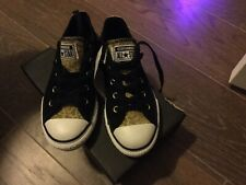 New With Box Girls Converse All Stars Sneakers Shoes  Size 1