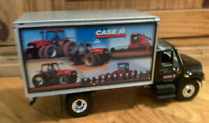 First Gear Collectible International Harvest 2001 Die Cast Truck Rare 9 inches