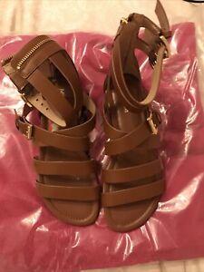 Michael Kors Jocelyn Flat Sandals Size 4