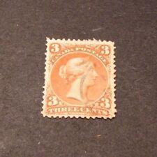 Canada Stamp Scott# 25  Queen Victoria 1868-76 C325
