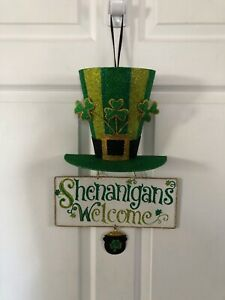 St. Patricks Day Decor Shenanigans Welcome Metal and Fiberboard Glitter Hanging