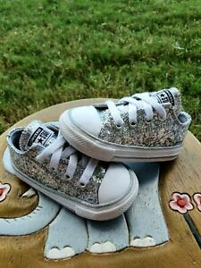 """Converse Low """"Silver Sparkle"""" Girls' Toddler 5C"""