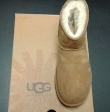 UGG ***The Left Boot Only*** Women's Classic Mini (Chestnut, Size 7)