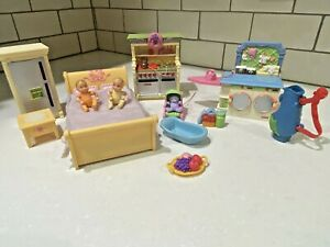 FISHER PRICE Loving Family Furniture & Baby Lot Oven Stovetop Bed Refrigerator