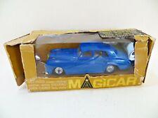 """TRIANG SPOT-ON Magicar 903 """"Bentley S3'. Blu in buonissima condizione. in scatola. VINTAGE. motorizzato."""