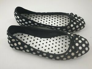 M&S size 8 black / white spotty bow front satin slip on flat ballet pumps