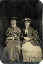 1/4 PLATE ANTIQUE TINTYPE PHOTO OF TWO VICTORIAN WOMEN, MOTHER AND DAUGHTER