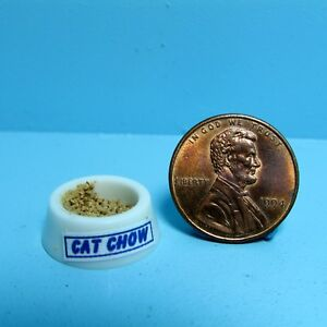 Dollhouse Miniature Replica Plastic Cat Food Bowl Filled HR57186