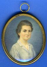 Superbe portrait miniature ovale, dans son cadre de laiton, signée : ALG, datée