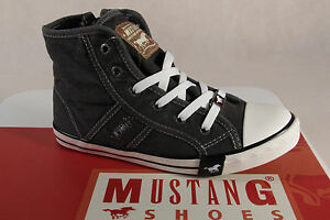 Mustang Lace Up Sneakers Trainers Boots Low Shoes Grey New