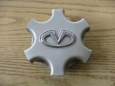 One 2001 to 2003 Infiniti QX4 alloy wheel factory center cap hubcap
