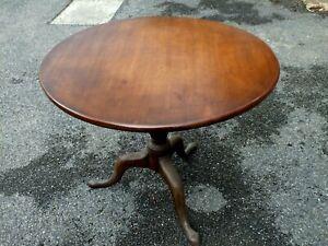 Excellent Georgian Mahogany Tilt-Top Occasional Table Circa 1810