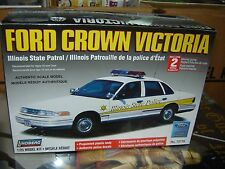 LINDBERG 72776 1:25 FORD CROWN VICTORIA ILLINOIS STATE POLICE NEW MODEL KIT