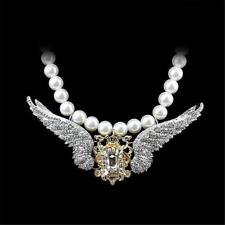 DRAMATIC PEARL NECKLACE WITH RHINESTONE CENTRE PIECE - FREE UK P&P........T130