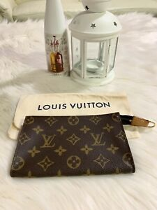 Authentic Louis Vuitton Small Pouch in Monogram Canvas