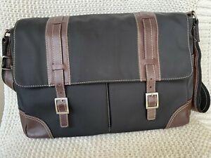 Levenger Messenger Laptop Bag Nylon Leather Accents Black