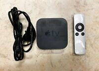 Apple TV (3rd Generation) 8GB HD Streamer Bundle with Remote and Power Cord