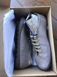 camper shoes 38 New With Box Nice Creamy Brown