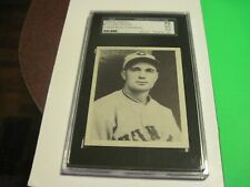 1939 PLAYBALL #77 Lew Riggs SGC 70 Collector's  Collection Cincinnati Reds