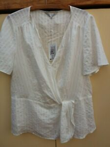 ESTELLE Clothing Women's Top Size 16 NWT White