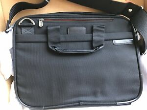 Briggs and Riley laptop bag Travelware, NWOT Enough Pockets For All Gadgets