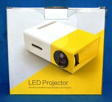 Artlii Portable LED Projector