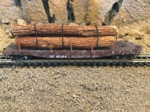 N Scale Con-Cor 50' flat car wREAL WOOD LOAD  NORTHERN PACIFIC mtl cplrs