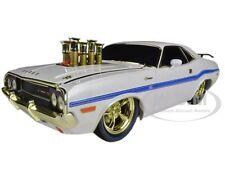 """Chase Car"" 1970 DODGE CHALLENGER R/T 75TH MOPAR ANNIVERSARY WHITE 1/18 M2 91165"