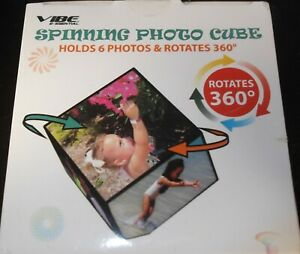 """NEW Acrylic SPINNING Photo Cube ROTATES 360 DEGREE HOLDS 6 4"""" PHOTOS New In Box"""