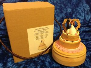 Wooderful Life Wedding Cake Music Box with Bride & Groom Topper Wedding March