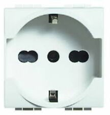 BTICINO LIGHT SCHUKO 16A N4140/16