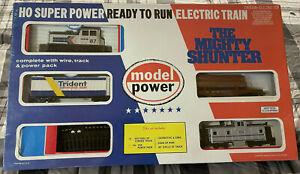 MODEL POWER HO Train Set - The Mighty Shunter