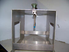1000 psi 1/4 inch Stainless Tubing Stand w/ 3 Swagelock Bellows Valves SS-4H-TH3