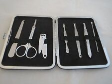 womens silver sparkle case 7 piece manicure set, NIB