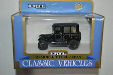 Vintage Ertl Diecast Classic Vehicles 1:43 '23 Model T Ford Sedan