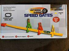 SPEED LOOP - SPEED GATES - 16 PC STUNT TRACK SET.