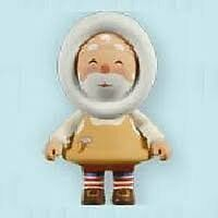 2011 Hallmark Toymaker Santa Mystery Ornament matches frosty friends New in Box