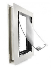 Hale Single Flap Medium Door Mount