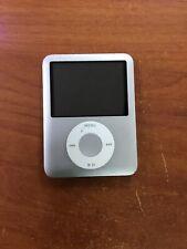 Apple iPod Nano 3rd Gen (4GB) Silver- Used
