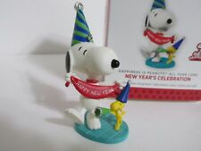 SNOOPY PEANUTS CHARLIE BROWN HALLMARK CHRISTMAS NEW YEARS ORNAMENT FIGURE 2013