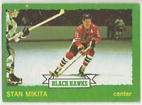 STAN MIKITA 1973-74 Topps Hockey card #145 Chicago Blackhawks EX-