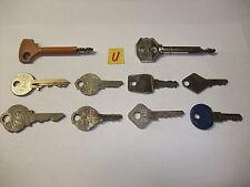 U Konvolut alte antike Schlüssel Sicherheitsschlüssel fü Vorhängeschlösser Türen