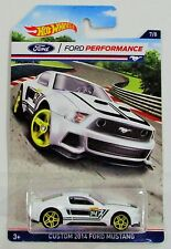 Hot Wheels 2016 ford performance series custom 2014 ford mustang white #7/8