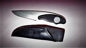 PUMA   FIXED   KNIFE  &  Leather Belt Sheath ~ PLASTIC  HANDLE ~
